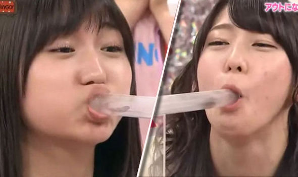 blowjob pics girls Chinese