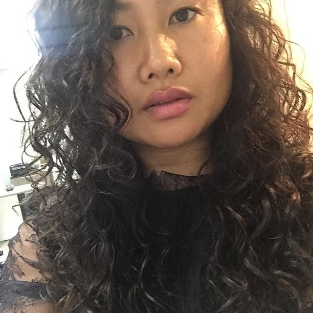 curly Makeout asian shared
