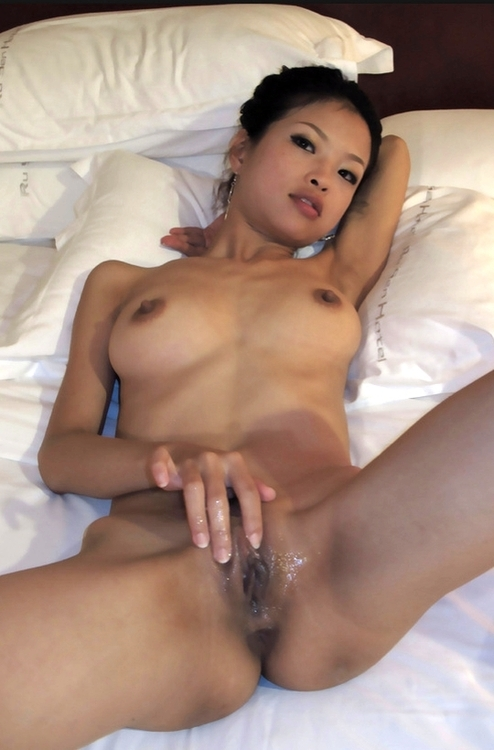 Adult videos Woman outdoor cum mouth asian