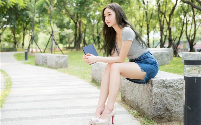 outdoor Upskirt asian classic