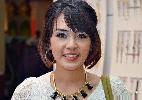 a girl Dating chinese malaysian