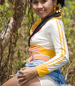 chubby asian Young panties