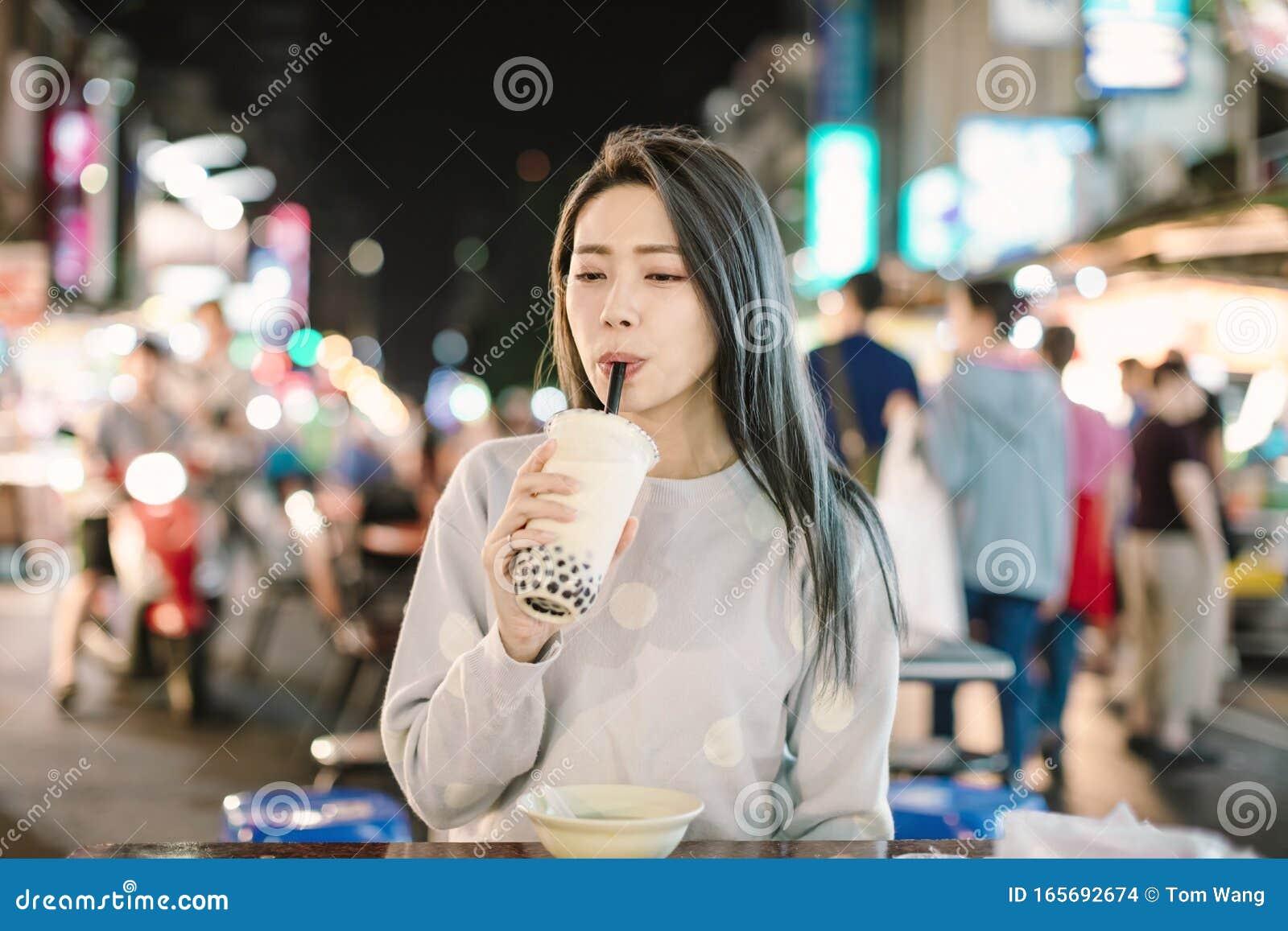 Outdoor voyeur asian bubble